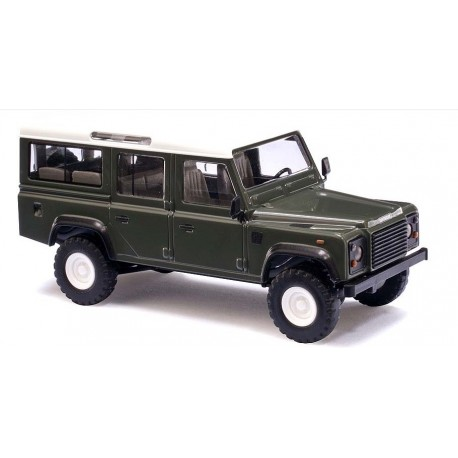 BUSCH 50301. H0 Land Rover Defender verde