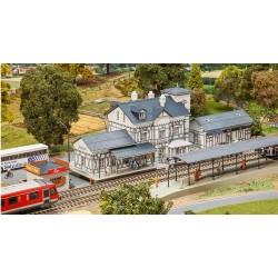 FALLER 190060. H0 Set Estación Radebusch