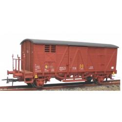 KTRAIN 0703-M. H0 Vagón cerrado con balconcillo Rojo óxido RENFE.