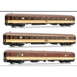 ELECTROTREN 5230. H0 Set RENFE de 3 unidades. 2 Coches Estrella y Furgón.