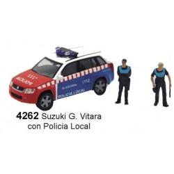 ANESTE 4262. H0 SUZUKI G. VITARA con Policía Local.