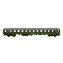 ELECTROTREN 18042. H0 Coche BB-8500, verde, 2ª clase.