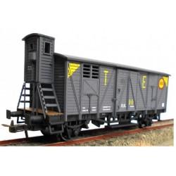 KTRAIN 0706-J. H0 Vagón Cerrado RENFE, con garita elevada J-301799, TE. Gris.